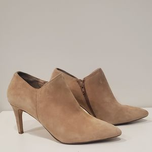 Tan Charles by Charles David Ankle Boots size 8.5